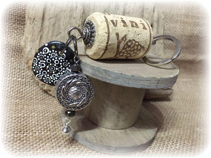 Keychain wine cork