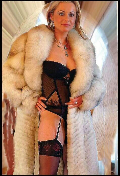 14 Venus In Fur Coat