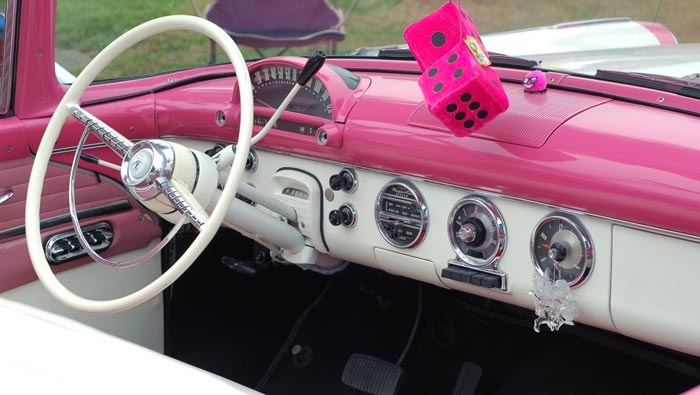 17 best images about grease the musical car on pinterest for Interieur de voiture de luxe