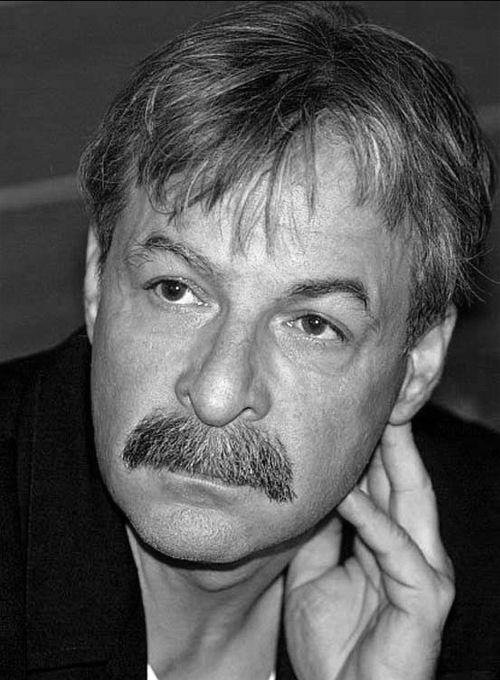 Marián Zednikovič (* 15. august 1951, Bratislava – † 5. máj 2007)
