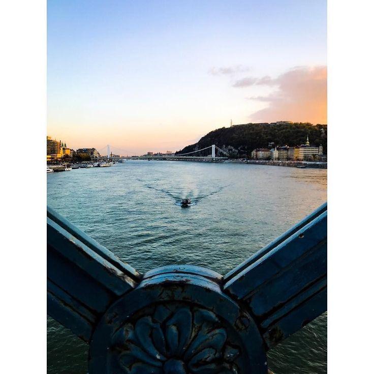 Buda-besht time ever.   #budapest #hungary #danube #boat #sunset #travel #wanderlust #love #city #potd #iphone7 #lightroom #enlight