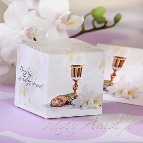 Pudełeczka z piękną grafiką w lilie idealnie nadają się na upominki dla gości komunijnych!