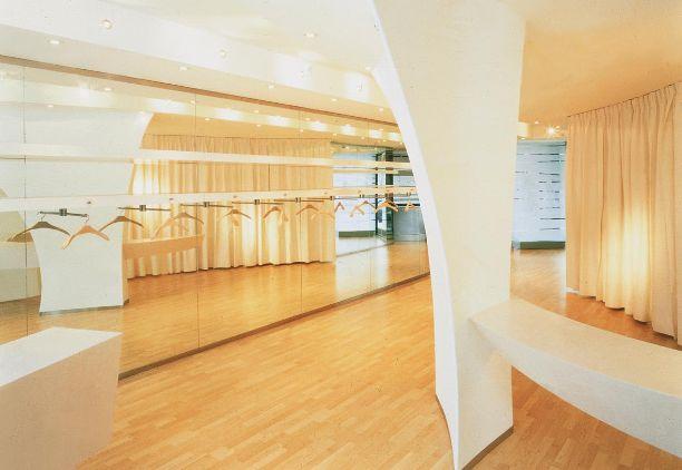 #pillsofthepast n. 68  BRANDA shop   1998 design by Simone Micheli place: Bastia Umbra _italy  Photo by Federico Nider  #design #shop #stile #light