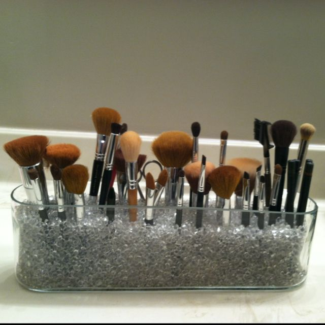 Easy, DIY makeup brush holder.