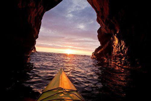 Favorite Places, Kayaks, Sunsets, The Ocean, Sunris, Caves, Beautiful, Places I D, Sea Kayak