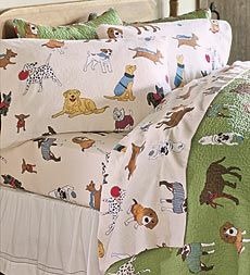 These canine-crazy sheets feature all kinds of adorable breeds on extra soft 5 oz 100% cotton flannel in ivory. A fetching look for the bedroom, indeed!