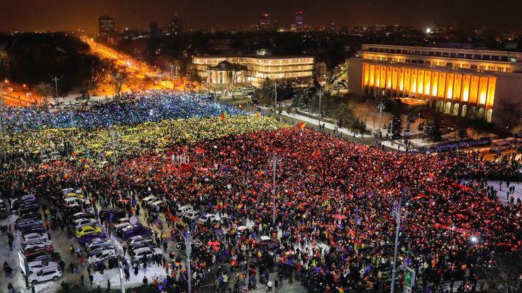 The Smart Phone Revolution: Young Romanians Take On Corruption - SPIEGEL ONLINE - News - International