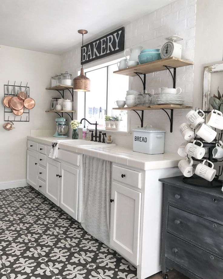 Open Shelving In The Kitchen: Best 25+ Bakery Sign Ideas On Pinterest
