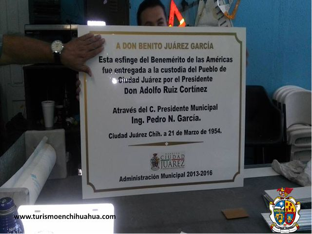 TURISMO EN CIUDAD JUÁREZ. Los monumentos de Ciudad Juárez, se verán beneficiados con el programa de manufactura a cargo del Departamento de Control de Tráfico, en el que se elaborarán las placas de Polipropileno que es resistente y más económico que las acostumbradas placas elaboradas de bronce. #visitachihuahua