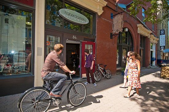 Free Things to Do in Winnipeg—Exchange District