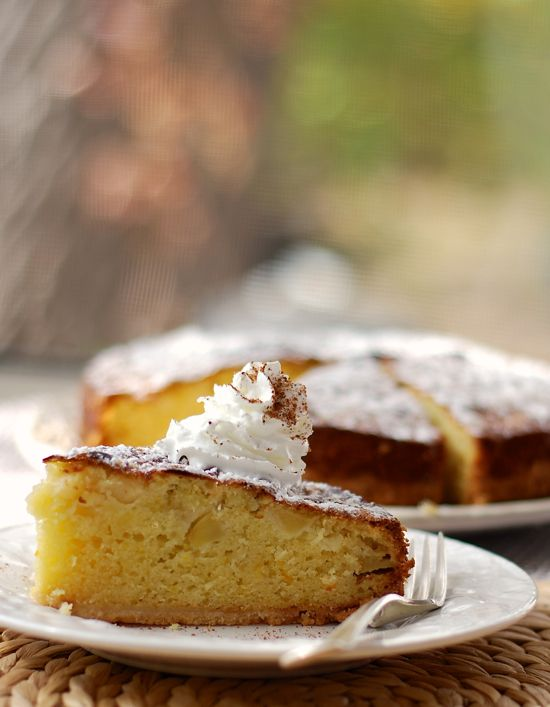 crackly almond pear cake
