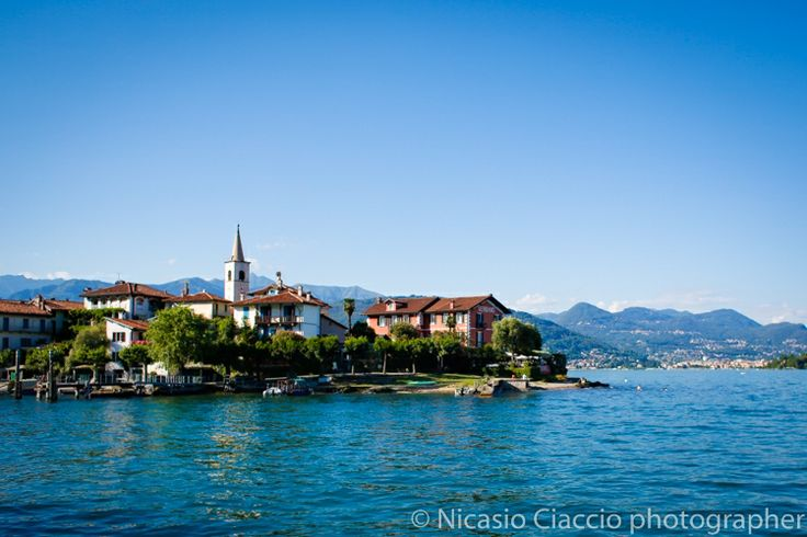 Isola dei pescatori wedding: Lake Maggiore location for wedding