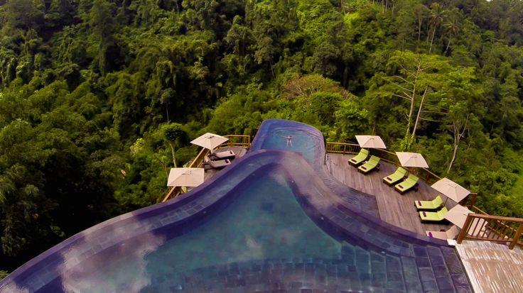 Swimming pool mitten im dschungel hanging gardens hotel for Design hotel ubud