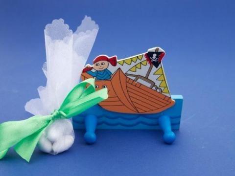 Μπομπονιέρα παιδική κρεμάστρα καράβι greenpeace