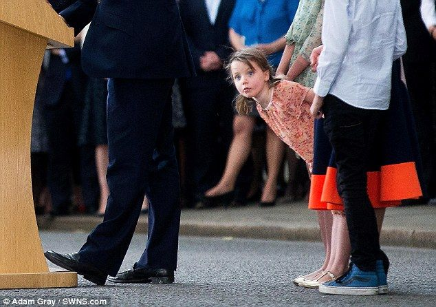 David Cameron makes an emotional farewell outside Downing Street this afternoon as his dau...