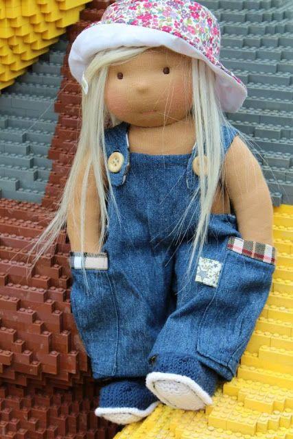 margareteshandmadebox, walldorf, Walldorf Puppe selber machen, Walldorf Puppe, Puppe selber machen, Puppenkopf, Puppenkopf filzen, Puppen Latzhose, creadienstag, kiddikram, Mariengol