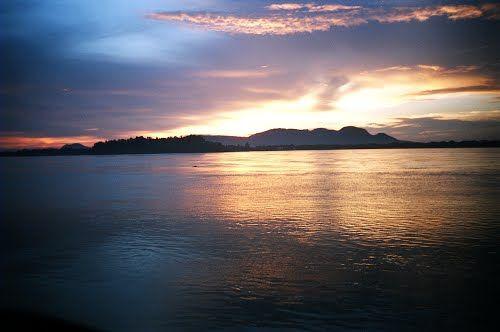 Panoramio - Photos by Dhirendra Singh Yadav > Brahmaputra River