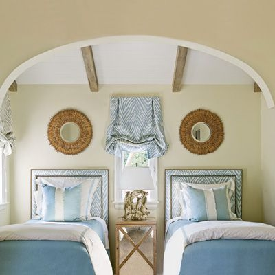 blue + white --> twin beds: Guestroom, Guest Bedrooms, Blue Bedrooms, Twin Beds, Coastal Living, Window Treatments, Beaches Houses, Guest Rooms, Twin Bedrooms