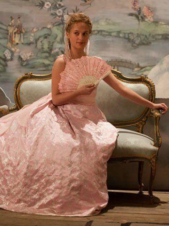 Jacqueline Durran Wins Best in Costume Design Oscar for 'Anna Karenina' | Hollywood Reporter
