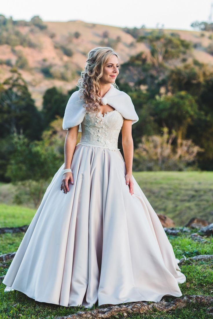 Kathleen_Tyrone_Vintage-Country-Wedding_Adriana-Watson-Photography_043