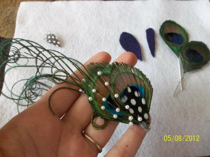 peacock fascinator tutorial - by wedding bee #millinery #judithm #hats