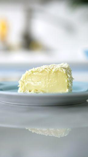 O clássico brigadeirão numa versão deliciosa de chocolate branco!