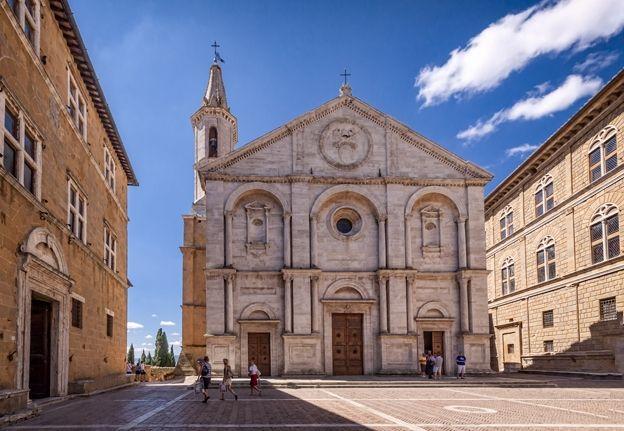 Pienza's central square