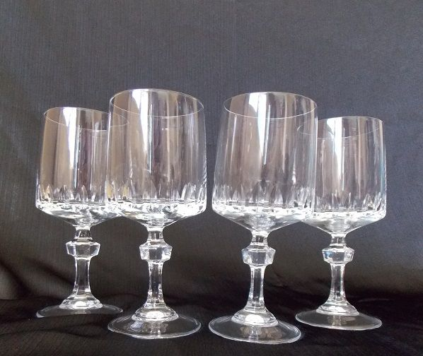 17 best images about shop wedding glasses and toasting flutes on pinterest wine glass - Square bottom wine glasses ...