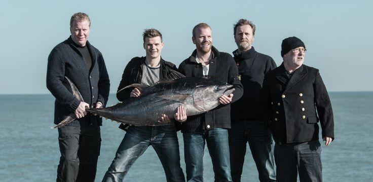 VISSCH laat de visliefhebber zien en proeven wat Scheveningen, haar visserij & restaurants allemaal te bieden hebben! De datum van het festival -eerste weekend september- is de start van het herfst- en winterseizoen voor culinair Scheveningen en Den Haag!