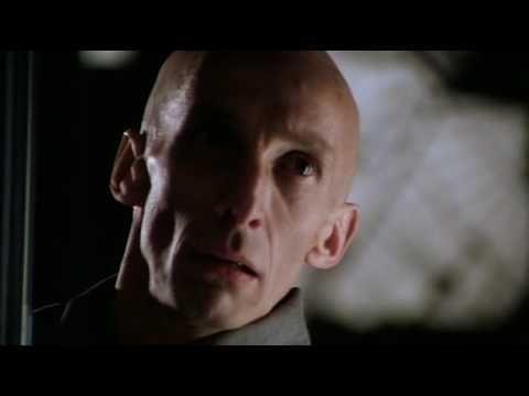 Cube (1997) - Vincenzo Natali. Opening scene