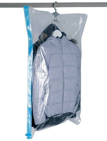 Housse sous vide pour cintres Linge de lit à 4,00€ - Découvrez nos collections mode à petits prix dans notre rayon Housses de rangement.