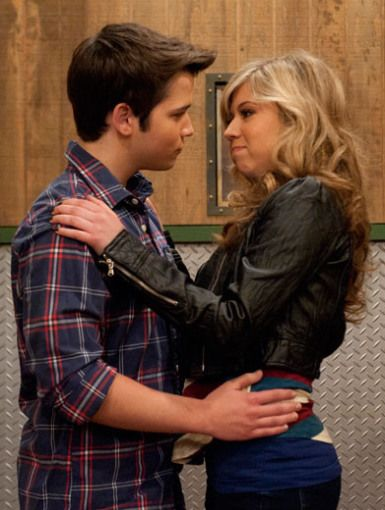 Icarly are sam and freddie dating in real life