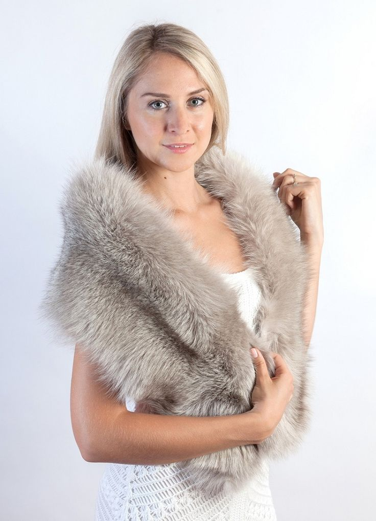 Real Sapphire fox fur stole. Amifur.com Made in Italy