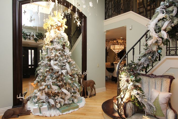10 Tips Christmas Tree Decorating – BONUS TUTORIAL