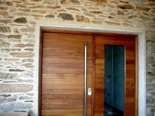17 best images about puertas entrada on pinterest front for Puertas dobles de madera modernas