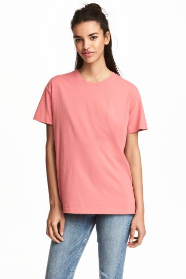 Szeroki T-shirt Model