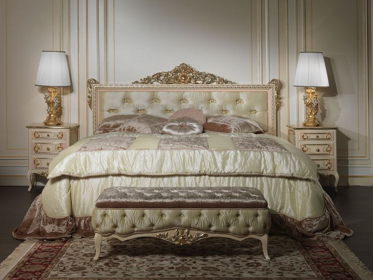 Classic style double bed  Luxury Collection Louvre made in the style of Louis XV by Italian craftsmen. This classic style double bed is an expression of the very high quality of Italian craftsmanship, recognized worldwide as a synonym for quality, luxury, exclusivity and wealth. The headboard of the classic style double bed Louvre, of strict rectangular shape is softened by capitonné and rich carvings with gold leaf finish that enrich both the top and sides, as soft garlands wrapped on wood.