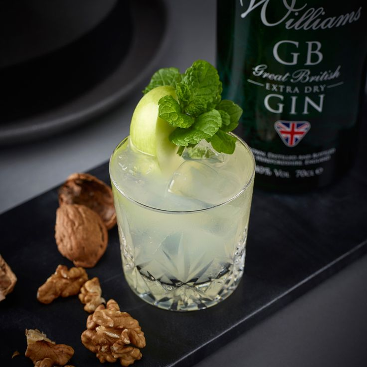37.5ml William's GB Gin 20ml Cloudy apple juice 12.5ml Freshly squeezed lime juice 10ml Sugar syrup Ginger ale top Method: Shake all ingredients (except ginger ale), with cubed ice. Double strain into a chilled rocks glass over crushed ice, top with...