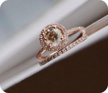 rose gold and champagne wedding ring set - Etsy:  EidelPrecious