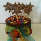 Kit Kat Smashing Cake