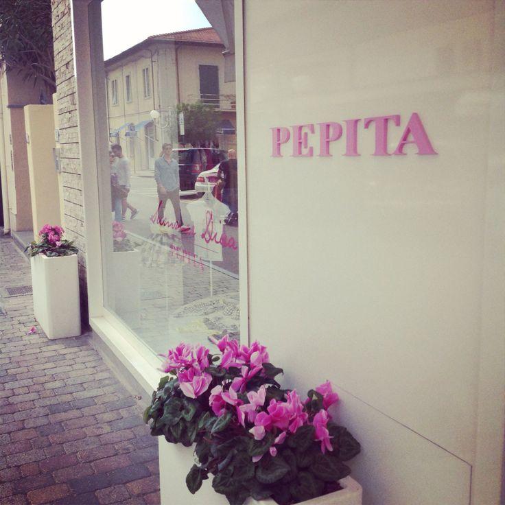 C'è sempre una magia particolare a #fortedeimarmi #pepita