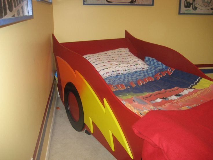 25 best ideas about race car bed on pinterest race car. Black Bedroom Furniture Sets. Home Design Ideas