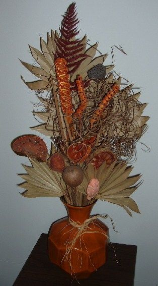 17 best images about dried flowers arrangements on pinterest floral arrangements feathers and - Best dried flower arrangements a colorful winter ...