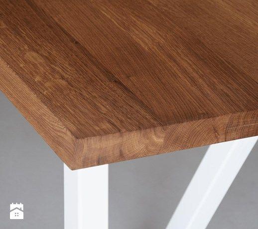 Stół z dębowym blatem