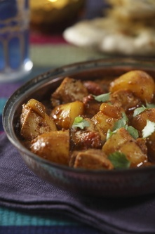 Chicken and Potato Curry (Murgh Aloo Masala) Make sure to cut the potatoes small or cook them a little longer