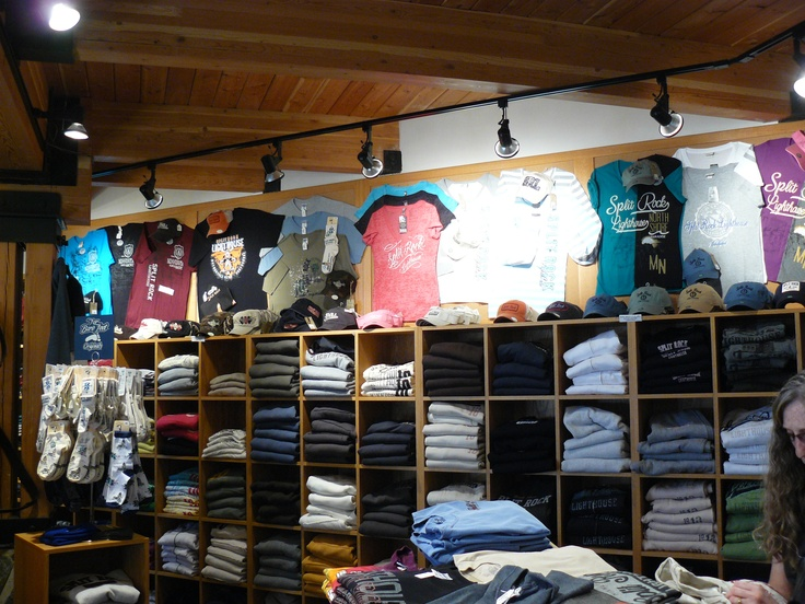 9 best images about idea gallery t shirt displays on for Create t shirt store online
