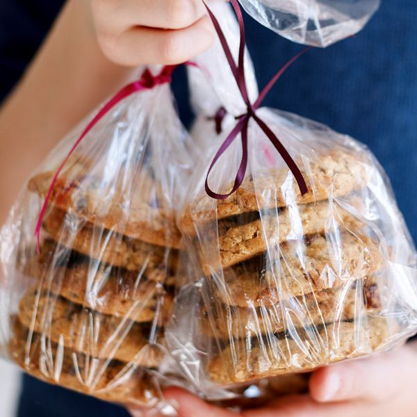 If you like peanut butter and jam sandwiches, you will love this crumbly peanut butter and cranberry cookie recipe.