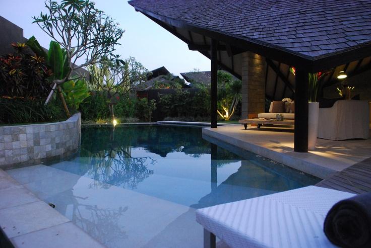 Villa-Layar-Swimming-Pool.jpg (1280×859)