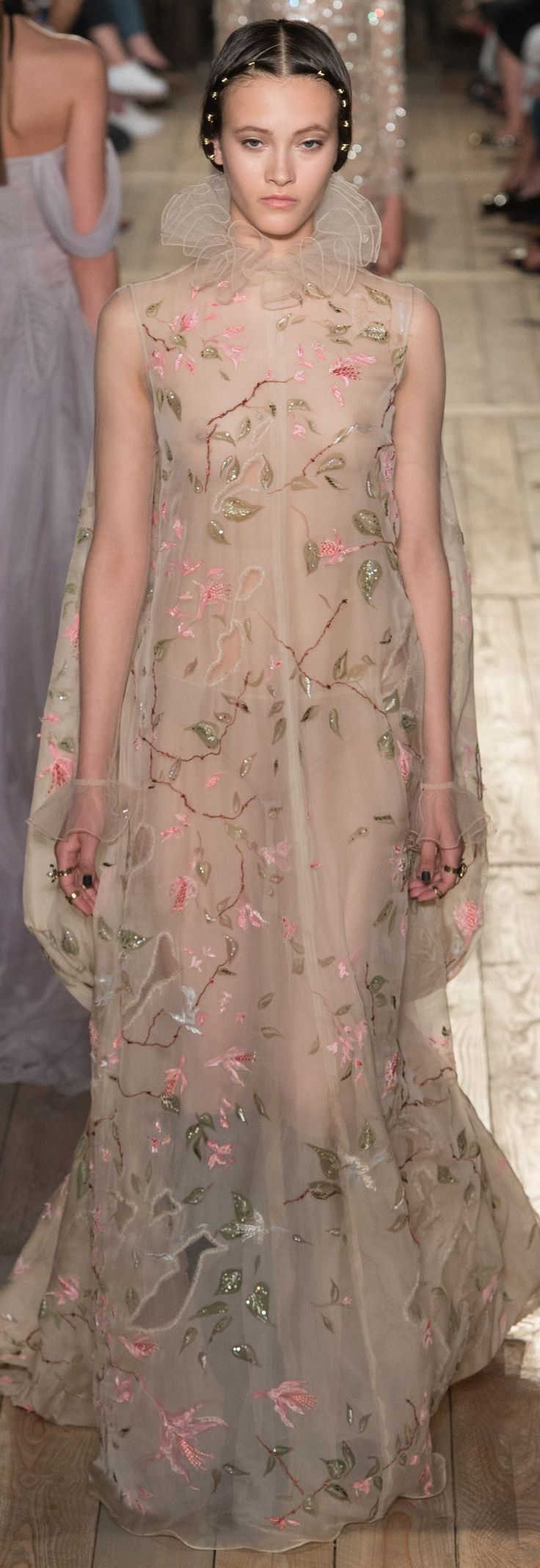 Valentino Fall 2016 Couture (=)
