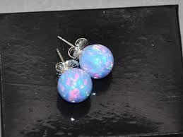 Opal-øredobbperler